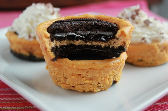 Pumpkin Oreo Cheesecake Bites